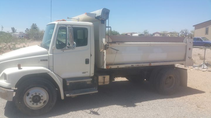 This truck for sale. Call 520-405-6022 for details
